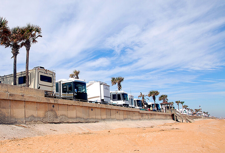 rv-camping-in-california